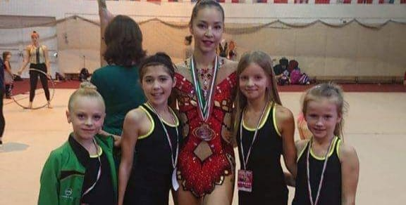 Юные гимнастки из Клуба по художественной гимнастке «Олимпия» завоевали серебро и бронзу в международном турнире в Будапеште.